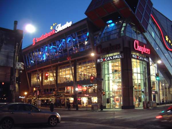 Restaurants Near Scotiabank Theatre